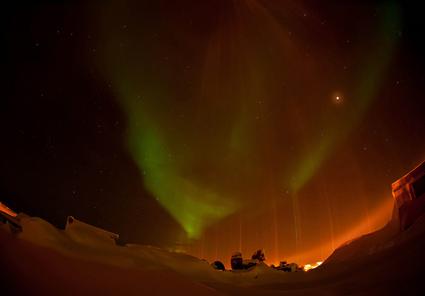 Eclipse lunaire dans le cercle arctique, Francis Anderson