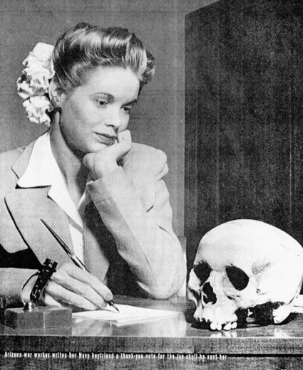 Arizona war worker writes her Navy boyfriend a thank-you note for the Jap skull he sent her