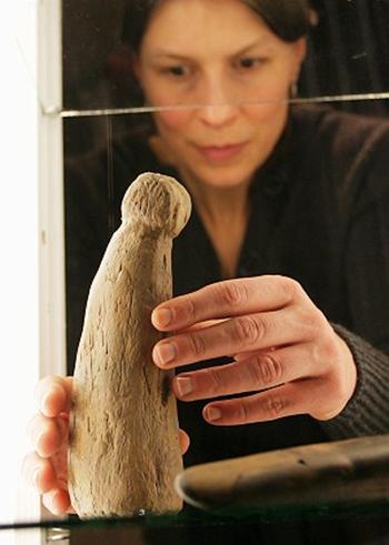 phallus vieux de 22000 ans
