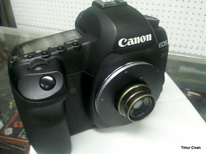 Objectif Wollensak 35mm F5.0 Cine-Velostigmat monté sur un Canon EOS 5D Mark II, Timur Civan